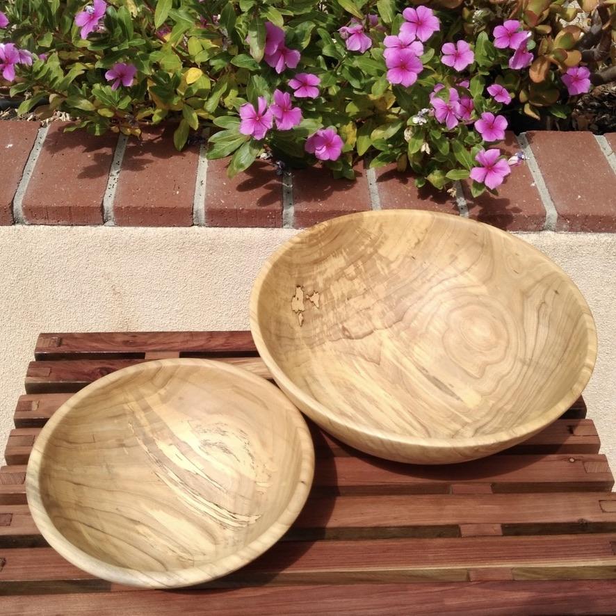 Pair of Elm Wood Bowls