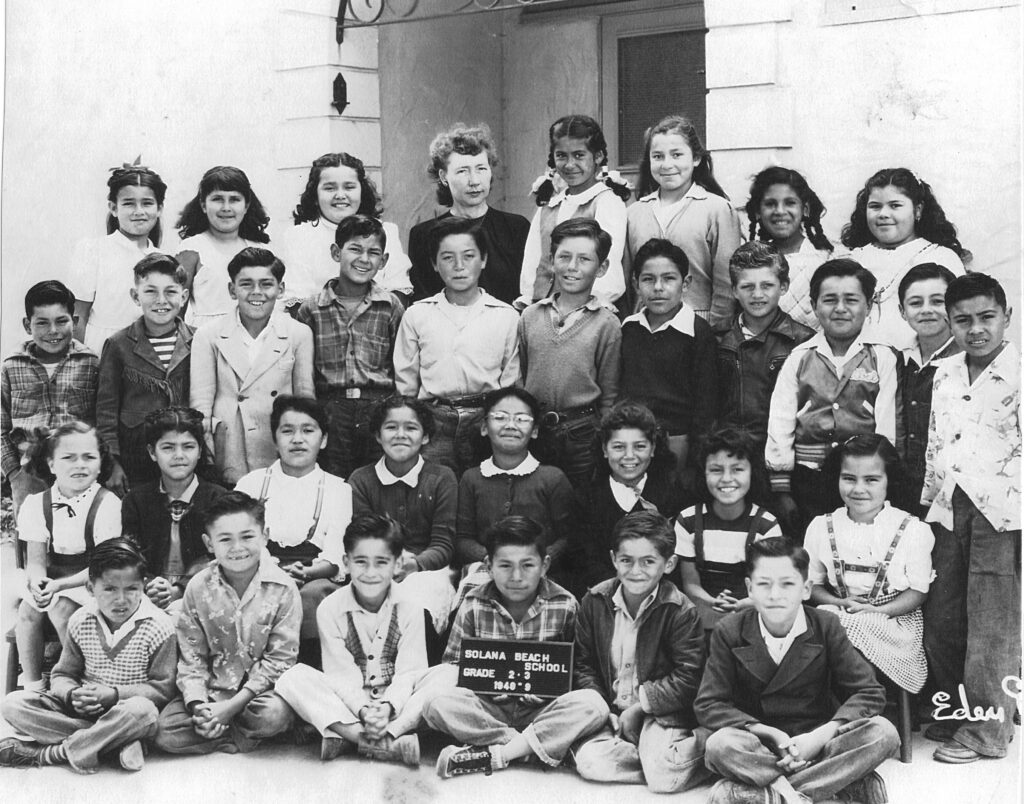 1946-7 students at La Escuelita, Americanization school, La Colonia de Eden Gardens